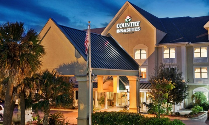 Country Inn & Suites by Carlson Beaufort West - Beaufort, SC: Stay at Country Inn & Suites by Carlson Beaufort West in Beaufort, SC, with Dates into November