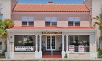 1920s Old Florida Inn Close to Lake Okeechobee
