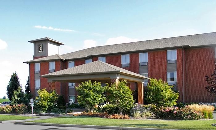 parke regency hotel and conference center in bloomington. Black Bedroom Furniture Sets. Home Design Ideas