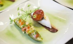 Restaurant Étincelles: Menus en 5, 6 ou 7 services pour 2 convives, par le chef étoilé Vincent Lucas dès 79,90 € au restaurant Étincelles