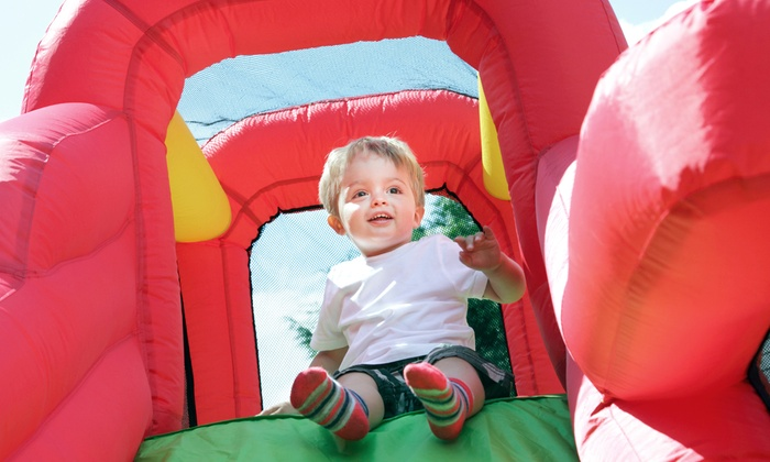 Jumptastic - Suwanee: $99 for Bounce House Party Package for 25 Guests from Jumptastic ($246.50 Value)