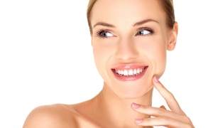 Salon Kosmetyczny Wehikuł Czasu: Mikrodermabrazja, ampułka z kwasem hialuronowym i więcej od 69,99 zł w gabinecie Wehikuł Czasu