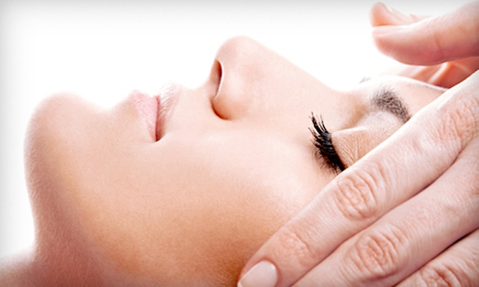 Homa Skin Care Salon - Tewksbury: $35 for a European Facial or Slimming Body Wrap at Homa Skin Care Salon ($75 Value)