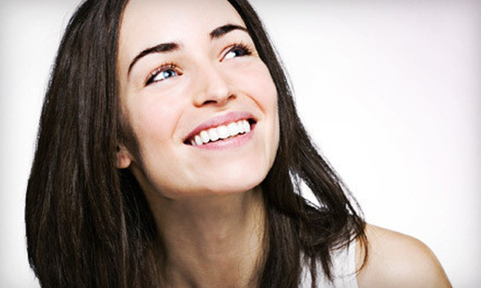 Park Avenue Dental Group - Park Avenue Dental Group: $139 for a Zoom! Teeth-Whitening Treatment at Park Avenue Dental Group ($500 Value)
