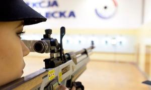 Towarzystwo Sportowe Wisła Kraków: Strzelanie z broni pneumatycznej: godzinne wejście dla 1 osoby za 39,99 zł i więcej opcji na strzelnicy TS Wisła Kraków