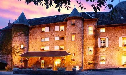 Challes les Eaux : 1 à 3 nuits, dégustation de vin, champagne en option, au Château des Comtes de Challes pour 2 pers.