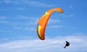 Curso de parapente con teoría y práctica de vuelo para una o dos personas desde 29,90 €