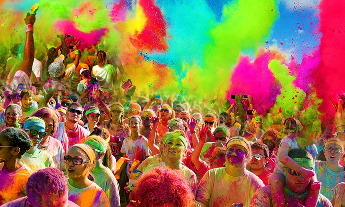 The Colorful 5K - Gateway Motorsports Park: $25for 5K Registration for One at The Graffiti Run on March 29 ($50Value)