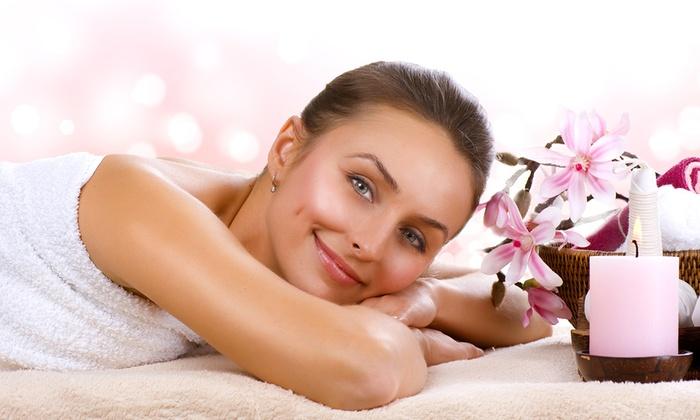 Polimed - Afragola: 3 massaggi total body a scelta più 3 trattamenti viso (sconto fino a 77%)