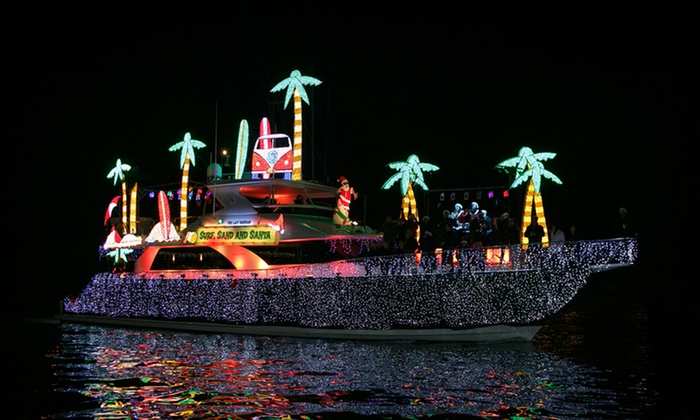 Davey's Locker Holiday Cruises - Newport Beach: Boat Parade of Lights or Holiday Light Cruise with Optional Drink at Davey's Locker Cruises (Up to 52% Off)