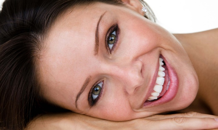 The Smile Enhancement Center - Sharpstown: $149 for Zoom! or Venus Teeth-Whitening Treatment at The Smile Enhancement Center ($600 Value)
