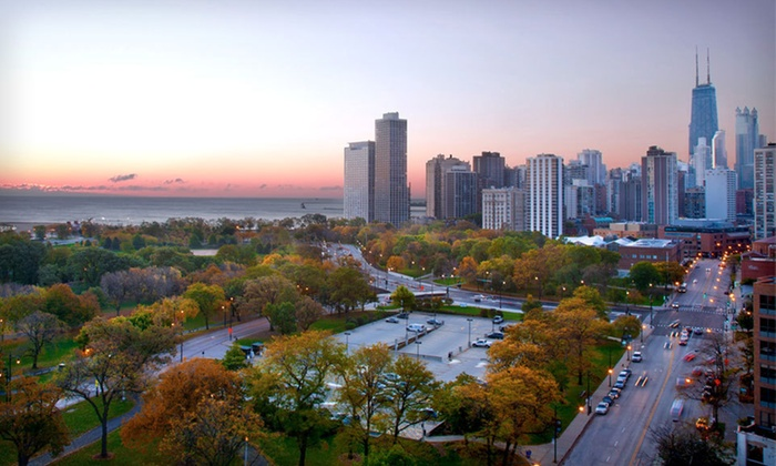 null - Chicago: Stay at Hotel Lincoln in Lincoln Park, Chicago