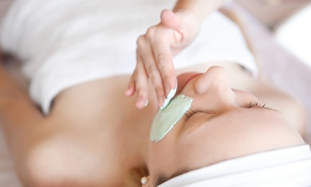 $54 for a Basic Elements, Clarifying, or Soothing Facial with Oxygen Treatment at Curative Touch Massage ($100 Value)