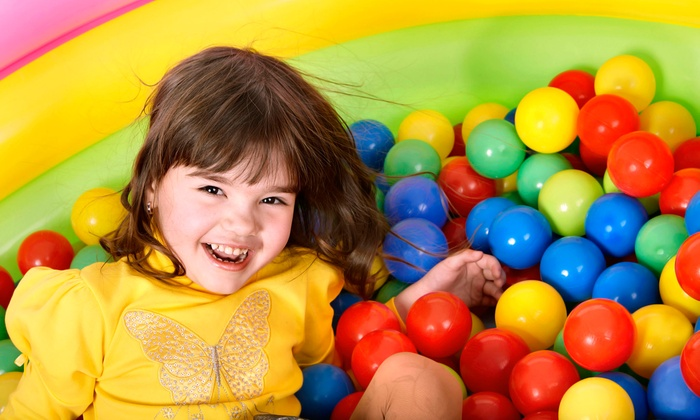 Kidz Funland - Aurora: $160 for a Birthday Party Package for Up to 20 Kids at Kidz Funland ($320 Value)