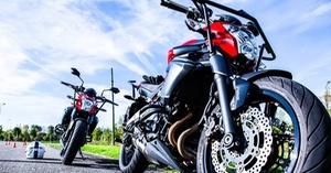 CER MONT D'OR: Permis moto avec ou sans code dès 379 € à l'Ecole de conduite CER Mont d'Or