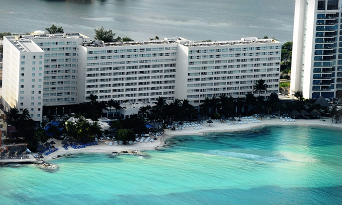 Grand Oasis Viva - Cancun: 4-, 5-, or 7-Night All-Inclusive Stay at Grand Oasis Viva in Cancún, Mexico