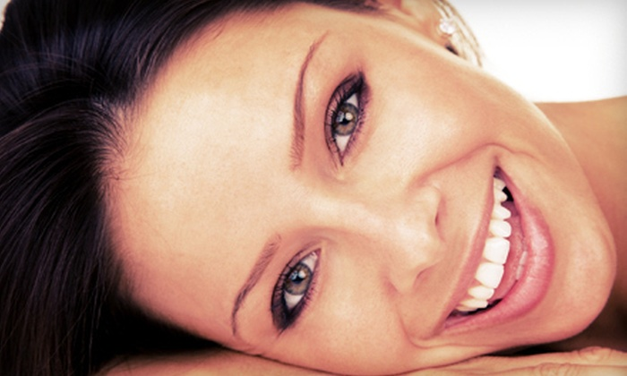 Pro White Teeth Whitening - Haywood Mall: $39 for a Complete Teeth-Whitening Treatment at Pro White Teeth Whitening ($129 Value)