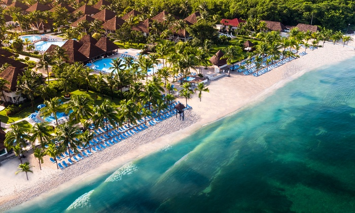 fcbb9db05f66 3- or 5-Night All-Inclusive Allegro Cozumel Stay with Air from ...