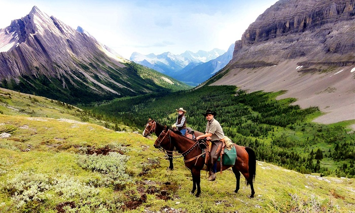Holiday on Horseback - Warner Stables: Two- or Three-Day Horseback Trips from Holiday on Horseback (Up to 40% Off)