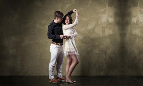 """Tanz Grundkurs """"Welttanzprogramm"""" für 2 Personen in der ADTV Tanzschule Schrittfest"""
