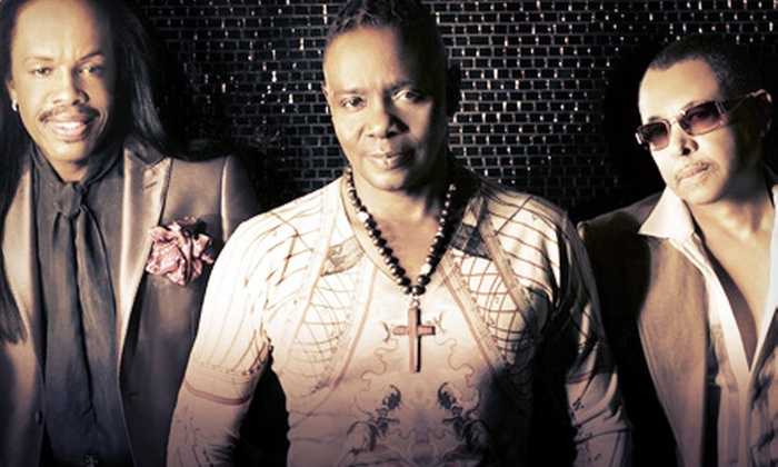 Earth, Wind & Fire - Now, Then & Forever Tour - Uptown Amphitheatre at NC Music Factory: Earth, Wind & Fire's Now, Then & Forever Tour at Uptown Amphitheatre at The NC Music Factory on June 9