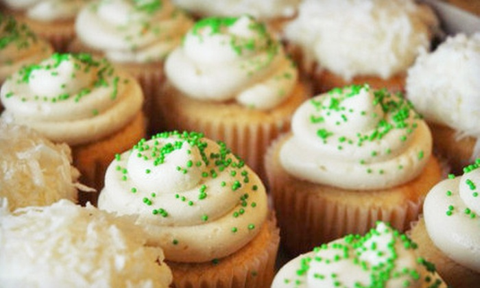 Cuppycakes - Omaha: $10 for $20 Worth of Cupcakes, Macarons, and Whoopie Pies at Cuppycakes