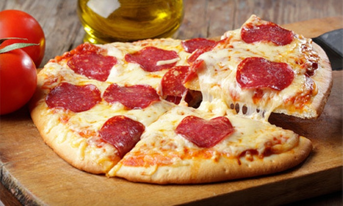 Franco's Pizza, Pasta and Panini - University Heights: $10 for $20 Worth of Italian Cuisine at Franco's Pizza, Pasta and Panini