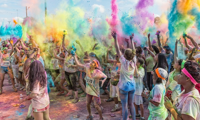 The Graffiti Run - Sig Flags Fiesta Texas: $30 for 5K Registration for The Graffiti Run on Saturday, January 18 (Up to $50 Value)