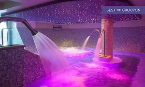 Venus: Ingressi Spa giornalieri con piscina semi-olimpionica e palestra per 2 o 4 persone al centro Venus (sconto fino a 66%)