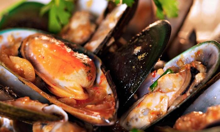 John Mineo's Italian Restaurant - John Mineo's Italian Restaurant: $30 for $60 Worth of Upscale Italian Dinner Cuisine and Drinks at John Mineo's Italian Restaurant