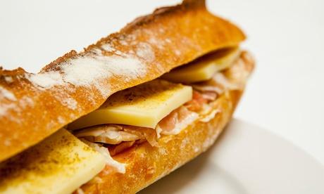 Menú de bocadillo, tosta o sándwich para 2, 4, 6 u 8 personas con bebida y combinado o mojito desde 12,95 € Oferta en Groupon