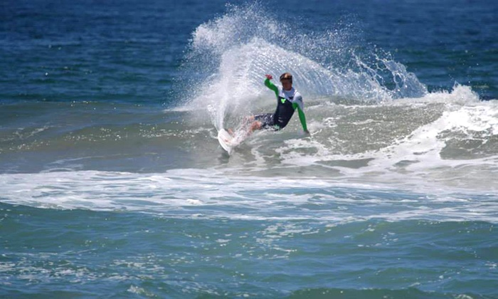 Surfari Surf - Mission Beach: 2.5-Hour Group Surfing Lesson for One, Two, or Three at Surfari Surf (Up to 45% Off)