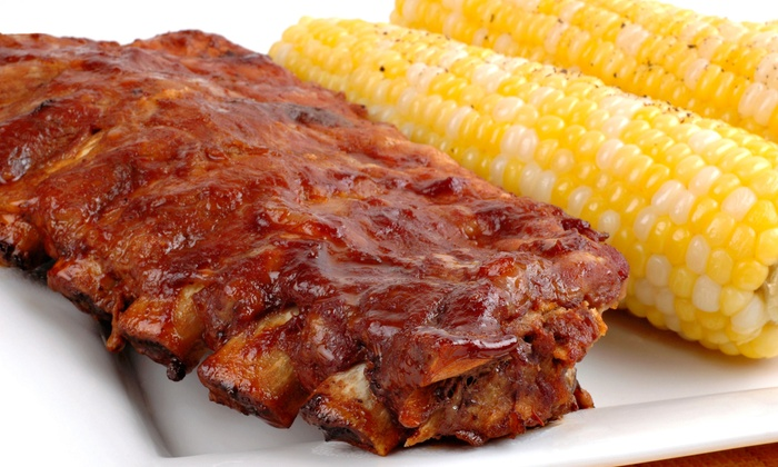 Texas Hold'Em BBQ - Coral Shores: Barbecue for Lunch or Dinner at Texas Hold'Em BBQ (Half Off)