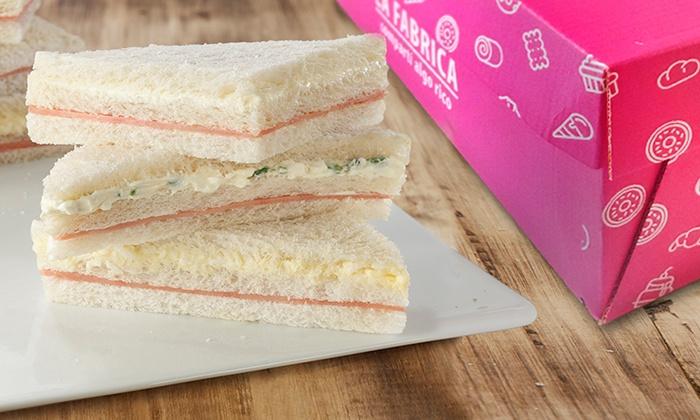 La Fábrica - Buenos Aires: $279 en vez de $500 por 1 caja de 50 sándwiches de miga triples livianos en La Fabrica 39 Sucursales