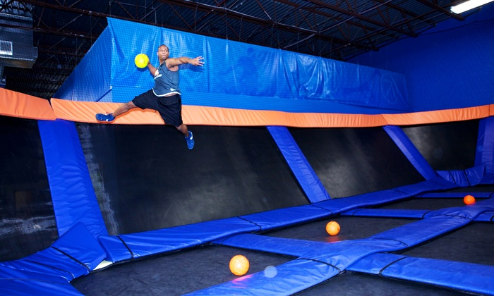 Sky Zone - Anaheim: 60-Minute Jump Passes or Birthday Party for 10 at Sky Zone Indoor Trampoline Park (43% Off)