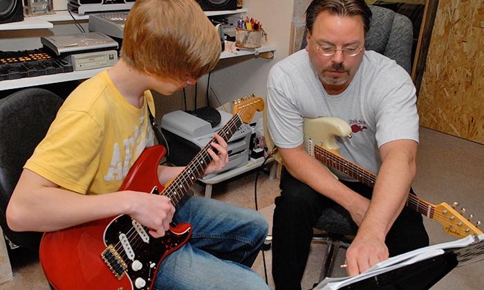 Oslo Studios - Burnsville: $50 for Four 30-Minute Guitar Lessons at Oslo Studios ($100 Value)
