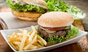 Avenue: Soczyste burgery z frytkami, sałatką i napojem dla 2 osób od 39,99 zł i więcej opcji w Avenue Restaurant & Music Club