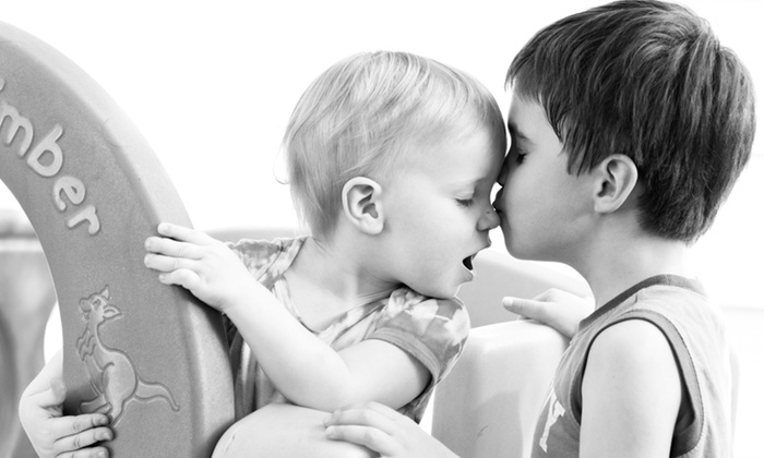 Babies and Buddies Photography - Downsview: C$79 for Family Photo Shoot, Slideshow, and Image CD from Babies and Buddies Photography (C$400 Value)