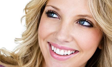 1, 2 o 3 implantes dentales de titanio con corona de porcelana desde 599 €. Tienes 6 clínicas Conrado Andrés a elegir