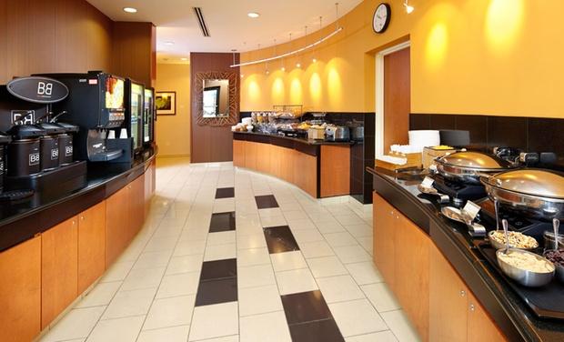 2 5 star pittsburgh hotel groupon. Black Bedroom Furniture Sets. Home Design Ideas