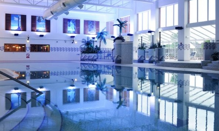 Village Hotel Cardiff Swimming Pool