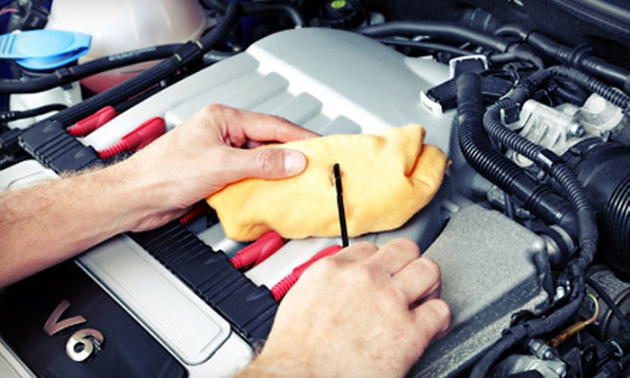eOilchange.com - Multiple Locations: $30 for Three Oil Changes at Participating Auto Shops from eOilChange.com ($88.50 Value)