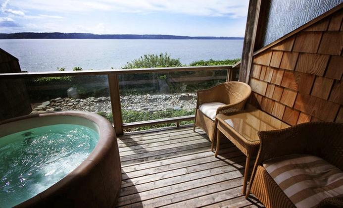 4-Star Camano Island B&B Overlooking Puget Sound