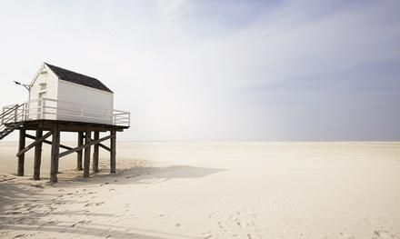 Vlieland: standaard of deluxe tweepersoonskamer, naar keuze met zeezicht, ontbijt en fietshuur bij Loods Hotel