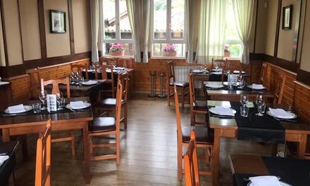 Menú con entrante, principal, postre y bebida en El Jornu Restaurante (hasta 55% de descuetno)