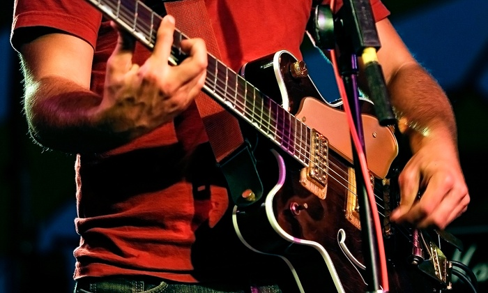 Hammeron Music - Downtown Scottsdale: $39 for Four Private 30-Minute Guitar or Bass Lessons at Hammeron Music ($80 Value)