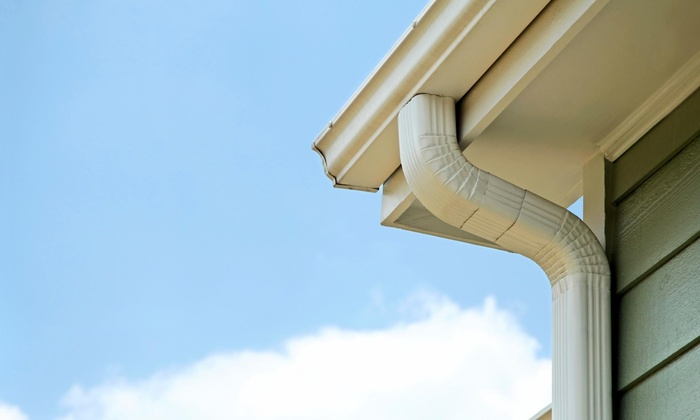 Gutters Giant, Inc. - Dallas: 125 Linear Feet of Gutter-Cleaning Services from Gutters Giant, Inc. (57% Off)