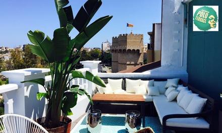 Arroz para 2 personas con entrantes, botella de vino, postre y opción a gin-tonic desde 24,90 € en Carmen Polo Terrace