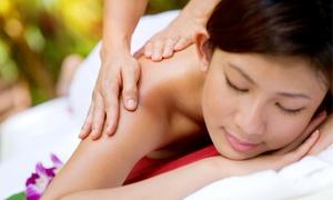Ling Massage Studio: 60 Minuten traditionelle chinesische Ganzkörpermassage und optional Kopf-Nacken- oder Fußmassage im Ling Massage Studio