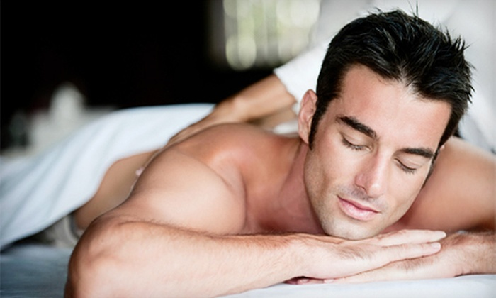 Queens Center Chiropractic - Elmhurst: $29 for Chiropractic Package with 60-Minute Deep-Tissue Massage at Queens Center Chiropractic in Elmhurst ($310 Value)